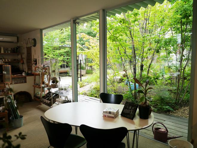 N3-1 家から庭1